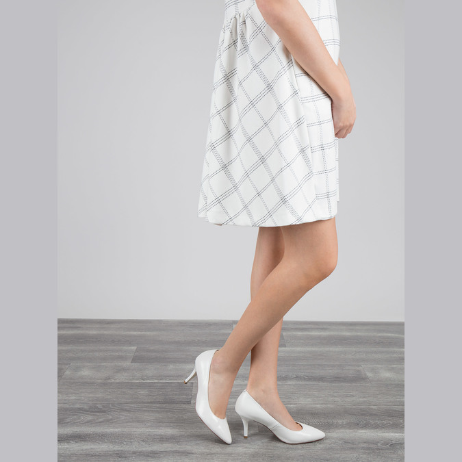 Ladies´ leather pumps bata, white , 624-1632 - 18